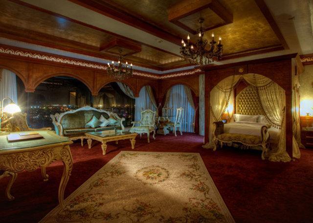 اعلام آمادگی 80 درصد مالکان هتل در خراسان شمالی برای فروش