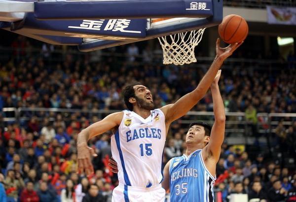 لیگ بسکتبال چین، یاران حدادی مغلوب میزبان خود شدند