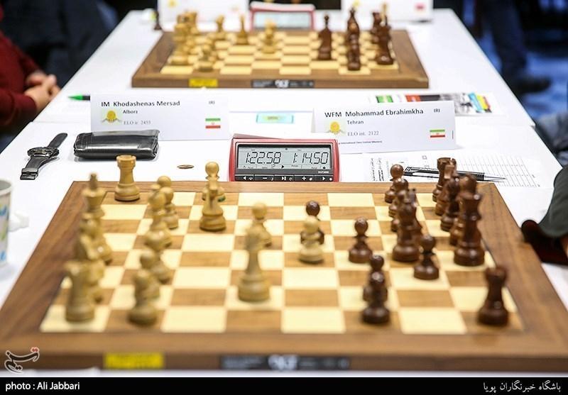 دور چهارم شطرنج بین المللی جام فجر، فیروزجا و کزبف مساوی کردند، قائم مقامی به جمع مدعیان پیوست