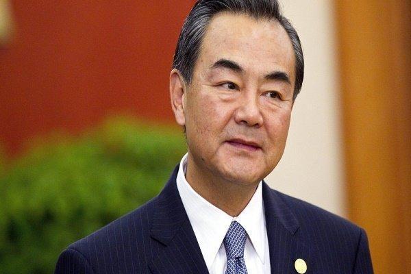 سفر وزیر خارجه چین به کشورهای لهستان، اسلواکی و مجارستان