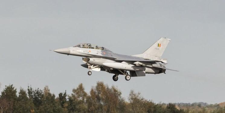 عکس، سقوط جنگنده اف-16 بلژیکی در منطقه مسکونی فرانسه