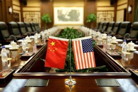 یک استاد دانشگاه تهران: چین سیاست پینگ پنگی در مقابل آمریکا دارد