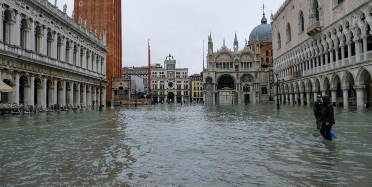 رم در ونیز سیل زده وضعیت فوق العاده بیان کرد