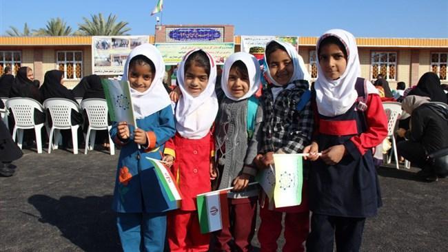 دو مدرسه پویش ایران من در روستاهای حسین آباد خدابنده و ملک آباد استان کرمان افتتاح شد