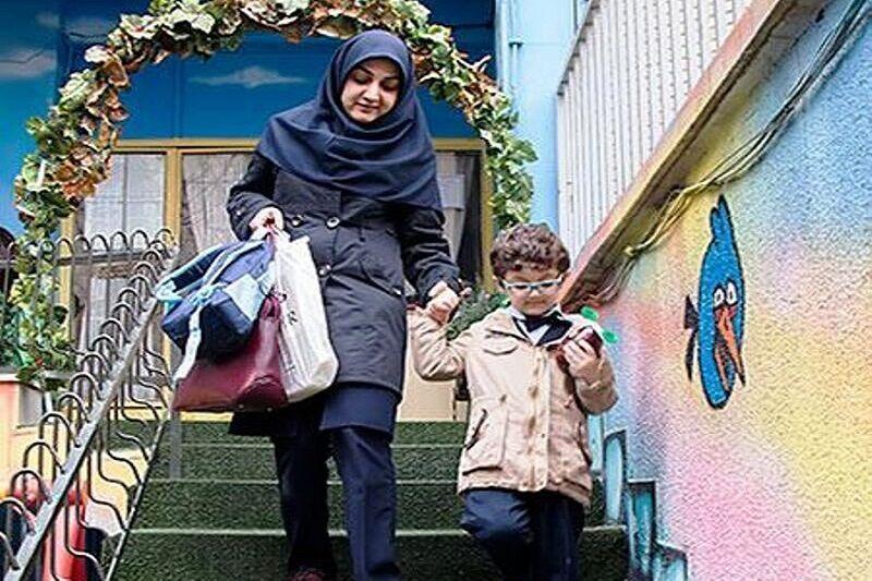 خبرنگاران مدیران با مرخصی زنان شاغل در دستگاه های اجرایی اصفهان موافقت نمایند