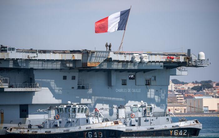 1900 نظامی فرانسه قرنطینه شدند
