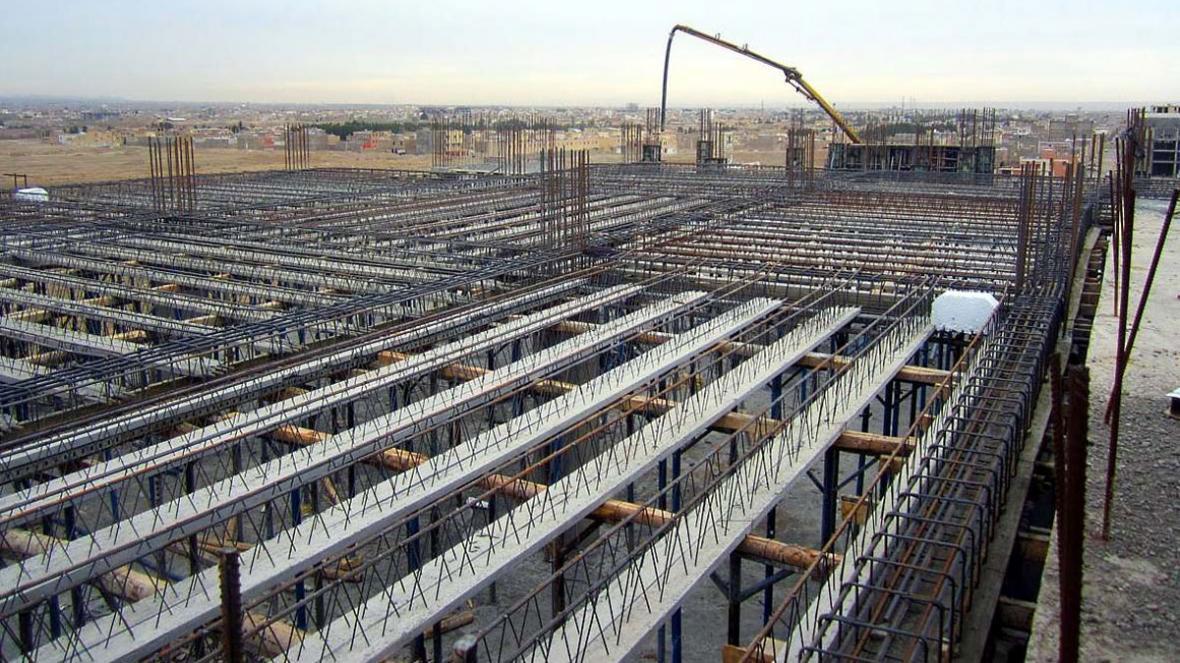سقف تیرچه بلوک چیست؟ اجزا، مزایا، معایب و نکات اجرایی آن