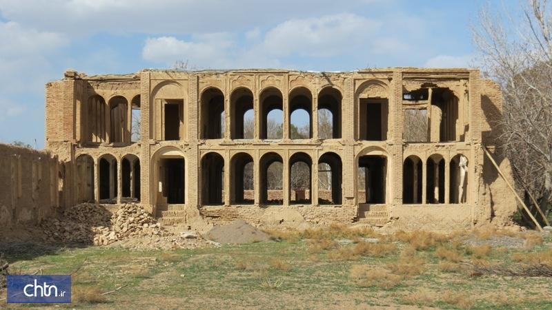 بازسازی کوشک تاریخی وفایی در قم شروع شد