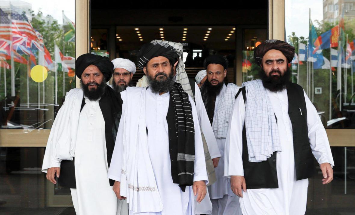 خبرنگاران واکنش طالبان به توافق عبدالله و غنی برای تقسیم قدرت