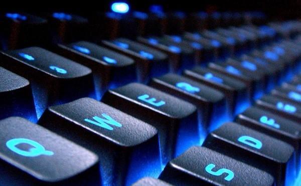 درآمد روزانه 20 میلیون تومانی در فضای مجازی