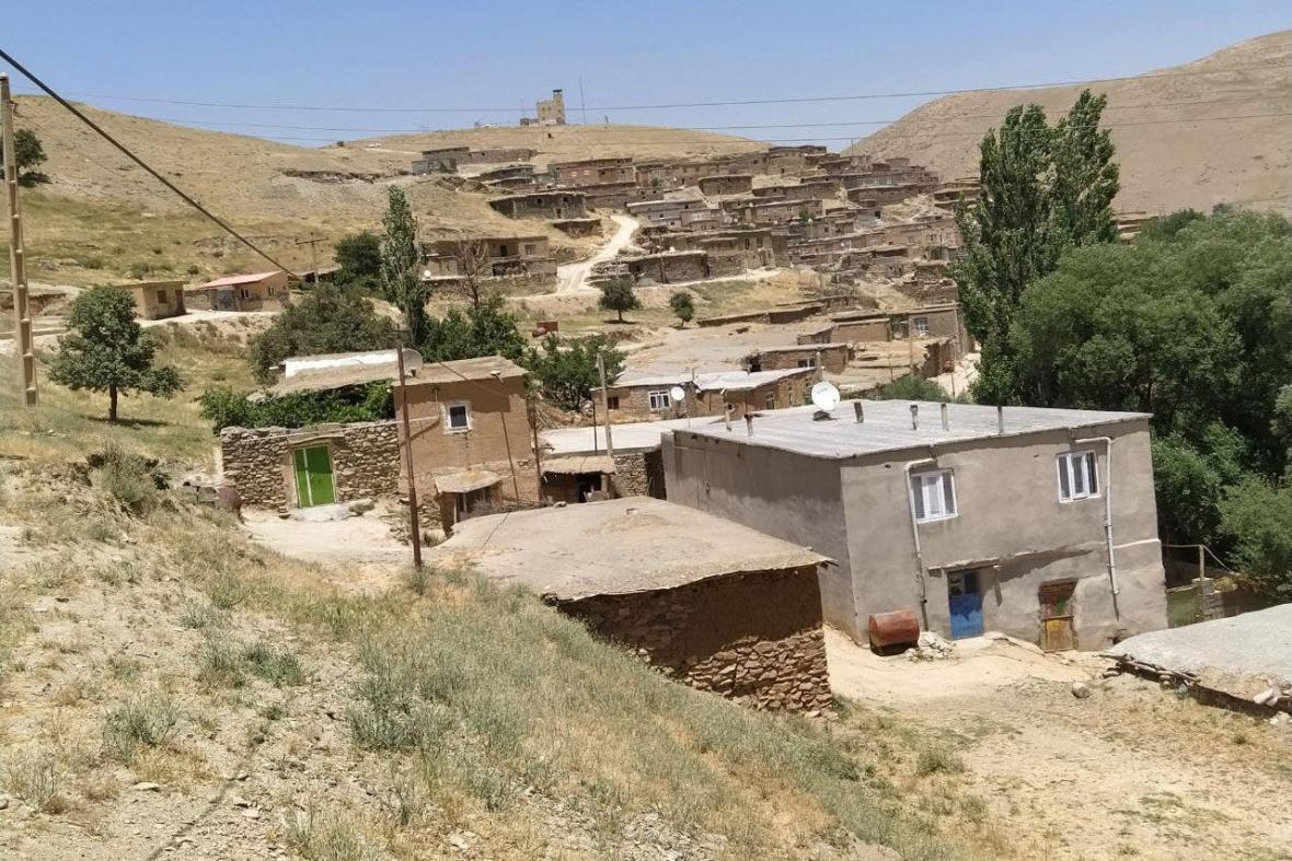 خبرنگاران فرماندار: هسته های کار و تلاش برای توسعه روستاهای بجستان ضروری است