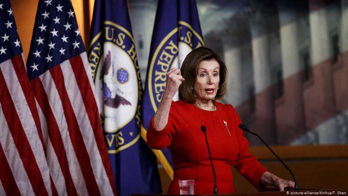 پلوسی: جمهوریخواهان مایه ننگ مجلس نمایندگان شدند