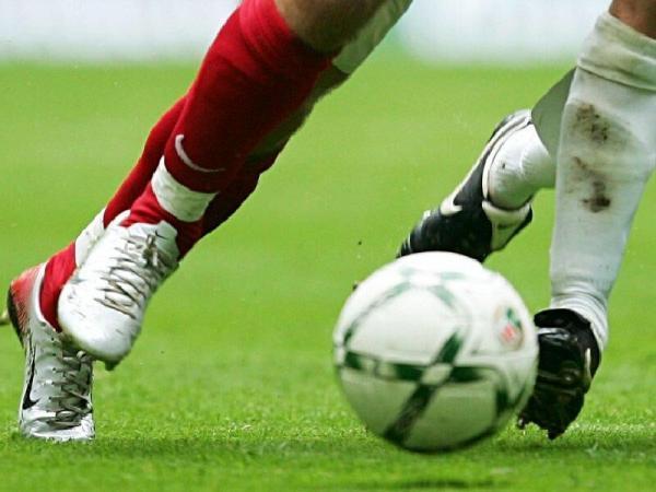 خبرنگاران تمام فعالیت های ورزشی در دزفول تعطیل است