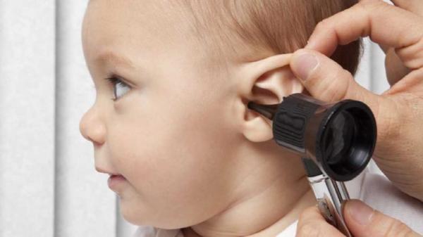 بیماری گوش شناور چیست؟